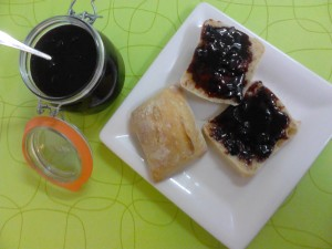 blackcurrant_wine_jam