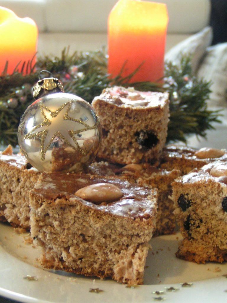 gingerbread-blackcurrant