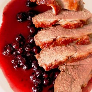 DUCK FILLET WITH BLACKCURRANTS