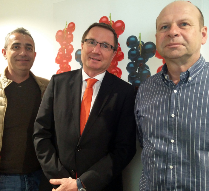 Florent Baillard (Secretary IBA), Franz Ennser (CEO Austria Juice) and Piotr Baryla (Vice-President IBA) at the Agrana headquarters in Vienna, Austria