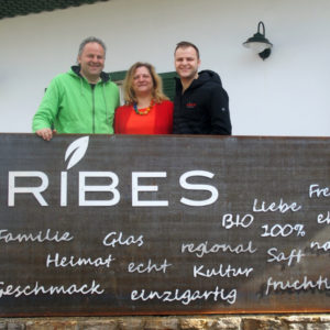 "Franz, Gudrun and Bernhard Schriebl in front of their farm shop ""Ribes"""